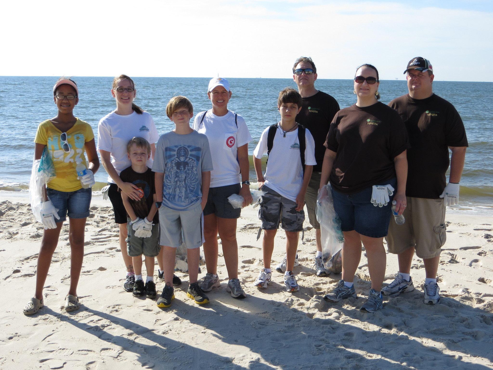 Coastal Cleanup Volunteers